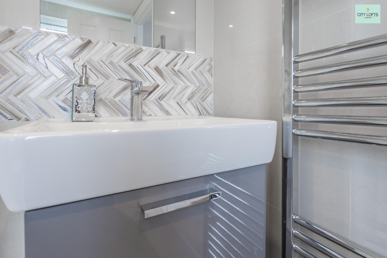 loft-conversion-twickenham-bathroom