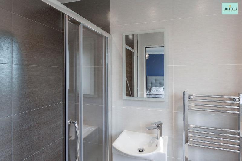 Northwood Hill Bathroom