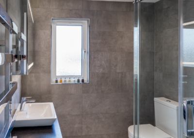 loft-conversion-ealing-bathroom-modern